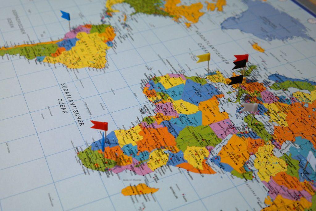 Landkarte mit markierten Orten